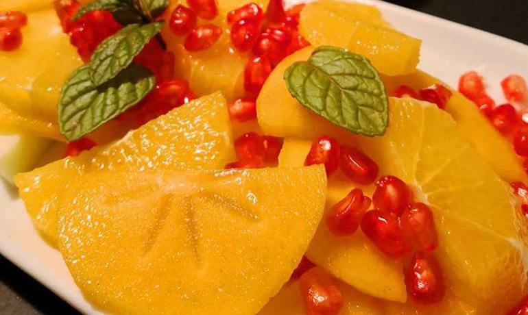 Ensalada de fruta con agridulce con miel de naranjo